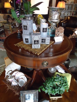 Round Drum Table With Leather Top